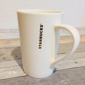 Flat White Starbucks 12oz Gold Logo